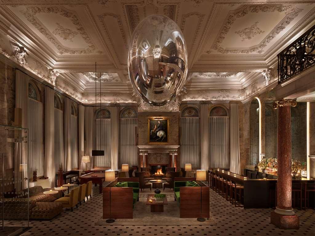 The London EDITION - Lobby